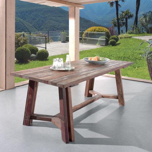 Table TONIC